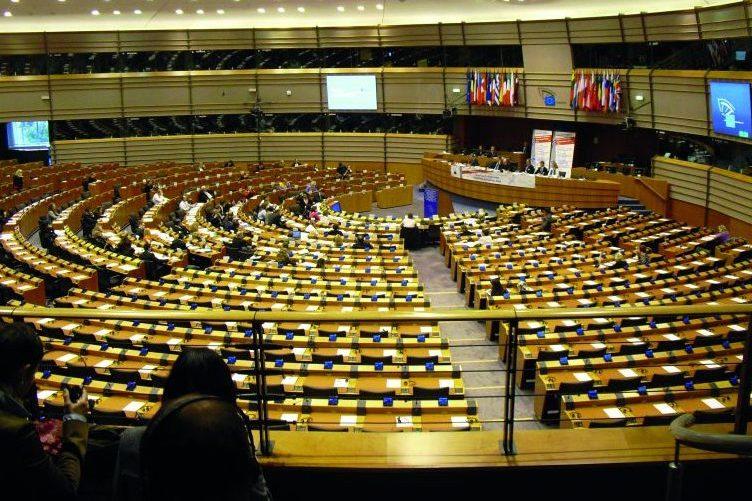 Bild des Europäischen Parlaments, der Plenarsaal.